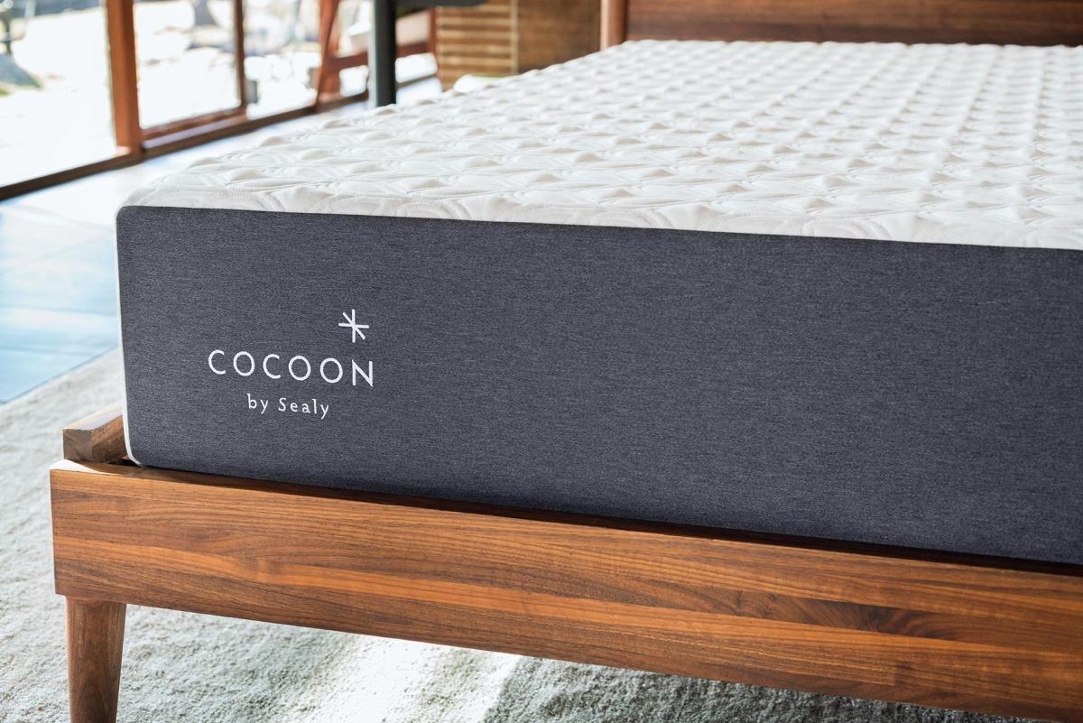 Cocoon by Sealy, Memory Foam Mattress